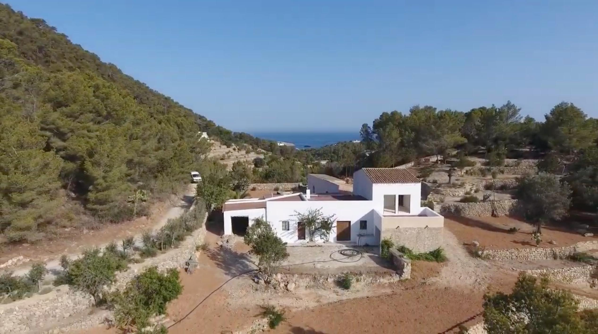 Terreno en venta en Ibiza: ¡Realiza tu sueño mediterráneo!