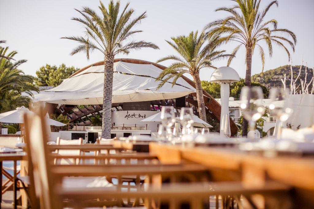 Destino Pacha Group in Talamanca Ibiza - Flamenco_Fernando